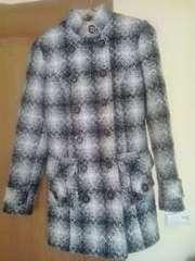 Пальто демисезонное в отличном состоянии